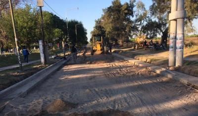 Extienden la pavimentaci�n y cord�n cuneta hasta el Colegio Madre Tierra