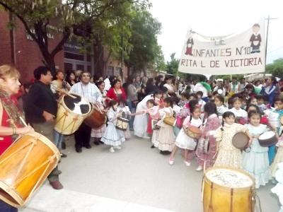 La Marcha de los Bombitos retumbará por las calles de Fernández