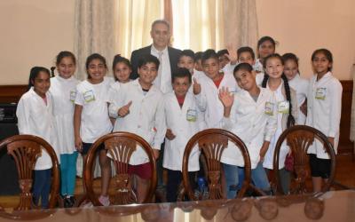 """Alumnos de la Escuela """"Remigio Carol"""" de Beltrán visitaron  Casa de Gobierno"""