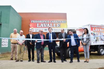 Gobernador inauguró el  primer frigorífico cabritero de la provincia