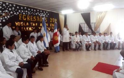 El Intendente Araujo acompañó a los egresados de la Escuela Paul Harris del Barrio Las Américas