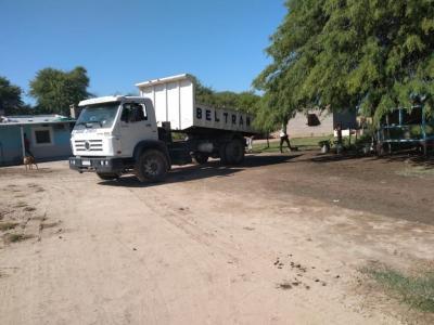 La Municipalidad de Beltrán asiste a vecinos con materiales de construcción