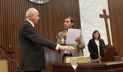Rubén Blázquez juró como Presidente Provisional de la Cámara de Diputados