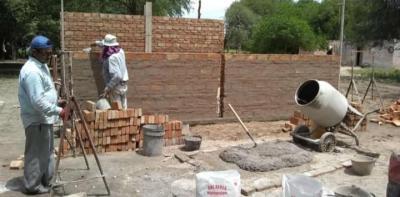 Forres inició el año con la ejecución de viviendas sociales y ecológicas