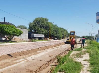 Continua la pavimentación de calles en Beltrán