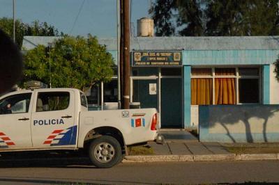 Ocurrió en Beltrán: quiso atropellar al policía que lo había multado por una infracción en cuarentena