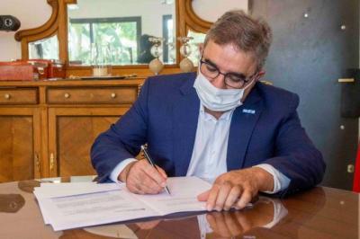 El gobernador de Catamarca, Raúl Jalil, confirmó el primer caso de coronavirus en esa provincia