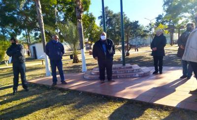 Miguel Álvarez encabezó el acto por el aniversario del barrio Artemio Gramajo de Beltrán