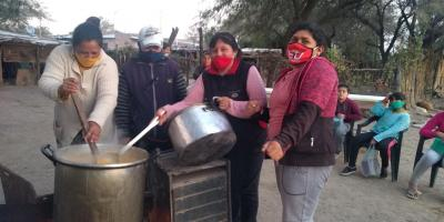 El intendente de Beltrán entregó donaciones a un comedor comunitario del barrio Arroyito