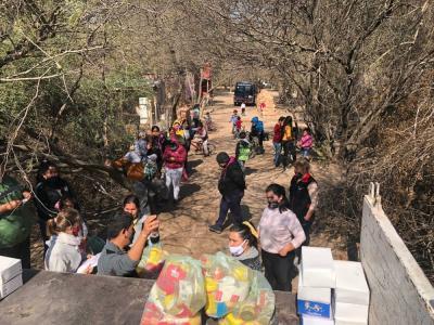 Desde la Municipalidad de Beltrán despliegan un mega operativo de asistencia a familias del paraje El Refugio