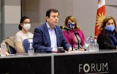 Coronavirus en Santiago del Estero: El Gobernador brindó una conferencia en el Fórum
