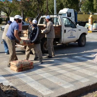 Realizan arreglos en las principales avenidas de Fernández