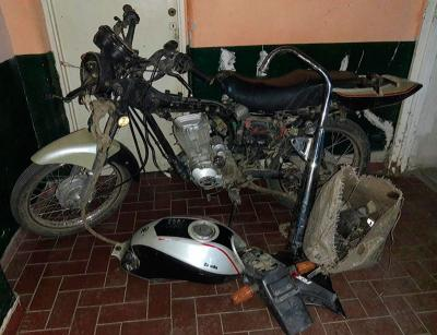 La policía de Beltrán recuperó una moto que había sido robada