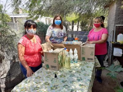 Viandas Solidarias: La diputada nacional Norma de Matarazzo entregó viandas de comida y lavandina