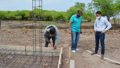 Construyen una cisterna para proveer de agua potable a familias del paraje «La Cuchilla»