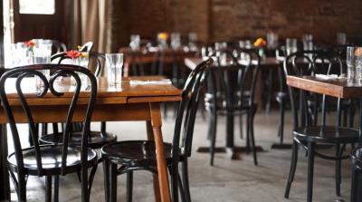 Flexibilizan horario y habilitaran bares y restaurantes en Santiago del estero