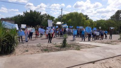 En La Cañada Marcharon a favor de las dos vidas