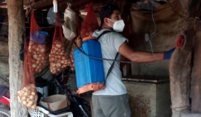 La municipalidad de Fernández continúa la lucha contra el dengue en los parajes