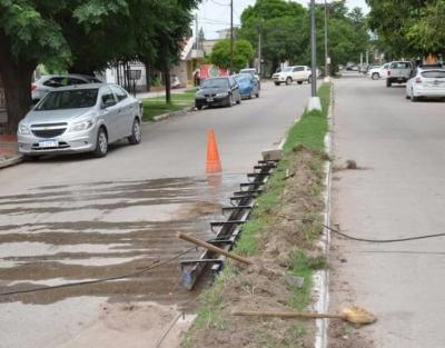 Acciones municipales: Continúa el programa de mejora urbana en Fernández