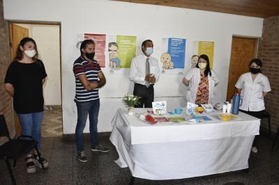 """El programa """"Mis primeros 1700 días"""" llegó a Doña Luisa en el departamento Guasayan"""