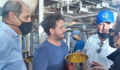 Inversor Árabe visitó la planta industrial Fincas de Santiago y Mega alfalfa, ubicadas en el Departamento Robles