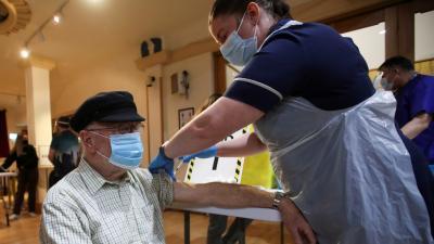 Este sábado 27 y domingo 28 de Febrero comienza la vacunación del primer grupo de mayores de 70 años