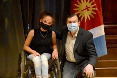 El gobernador recibió a la jugadora de tenis adaptado  María Kristal Saddi
