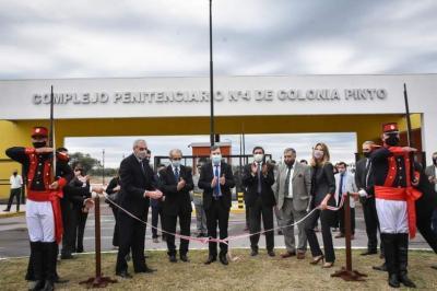 El gobernador Zamora inauguró el nuevo complejo penitenciario en Colonia Pinto