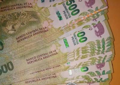 Forres: detienen a una mujer implicada en el robo de dinero desde una camioneta
