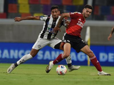 Goleada en casa: River goleó a Central Córdoba en el Estadio Único