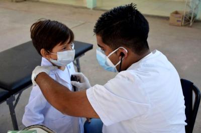 Lanzan programas PROSANE y Sonrisas Santiagueñas en el interior provincial