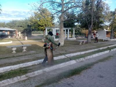 Intensifican los operativos de limpieza en Clodomira