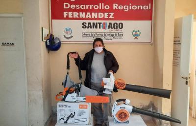 El intendente Araujo, dotó de nuevas maquinarias al personal del área de Espacios Verdes