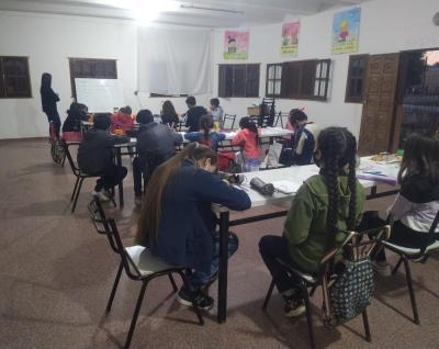 Beltrán: ante la gran demanda de las clases de inglés, analizan la incroporación de nuevos alumnos