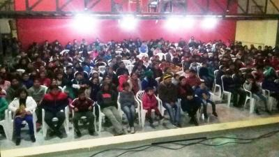 El cine gratuito convocó más de mil personas en Fernández