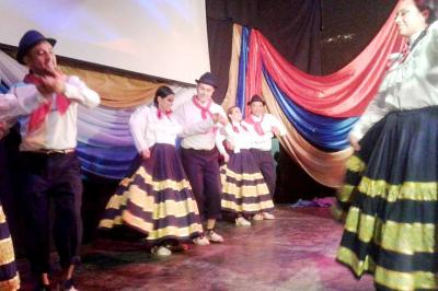Forres: El crisol de razas se puso de manifiesto con danzas latinoamericanas