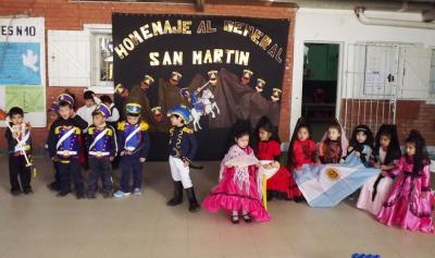 Niños de Fernández homenajearon al General José de San Martín