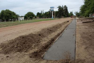 Arreglan calles en Beltrán