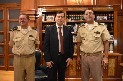 Autoridades de Prefectura Embalse Río Hondo visitaron al Gobernador