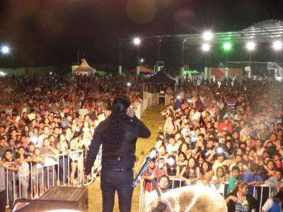 Tintina vibró con el Festival del Quebracho en una noche inédita