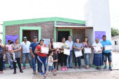 Entregaron viviendas sociales en Cuatro Horcones
