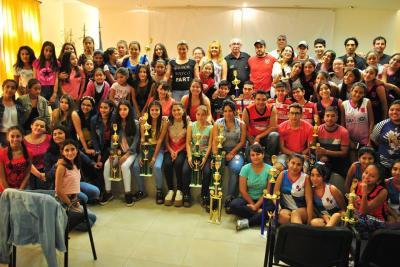 Premiaron a Fernández Xport Hockey en tres categorías
