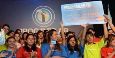 Jóvenes tienen hasta el 31 de marzo para inscribirse a las becas Progresar