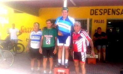 Dos Fernandenses lideraron una prueba ciclística en Termas