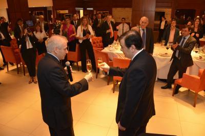 El Gobernador estuvo en la cena de las jornadas Latinoamericanas de DDHH