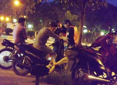 Fernández: En riguroso operativo retienen numerosos motovehículos