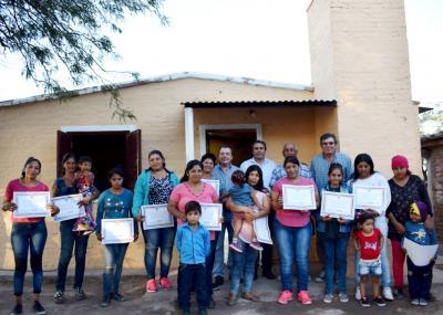 Colonia El Simbolar: Vecinos recibieron sus viviendas dignas