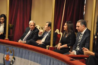 El Gobernador presidió la Velada de Gala en el Teatro 25 de Mayo