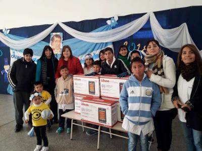 La escuela Alicia Moreau de Justo recibió la donación de cinco estufas