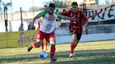 Torneo Anual: Independiente de Beltrán y comercio empataron 0 a 0